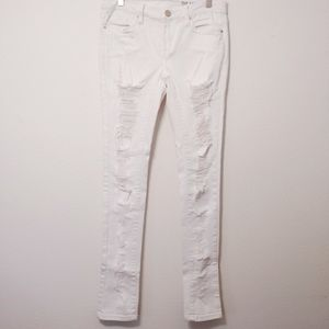 Blank NYC White Super Distressed Skinny Jean 26